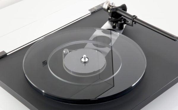 rega-planar-6-musicon-2-scaled.jpg